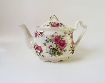 English Teapot Staffordshire Arthur Wood & Son Vintage Pink Roses Floral Design White 4 Cup China Shabby Chic Cottage Chic Made England