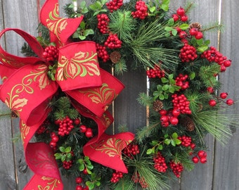 Christmas Red Wreath with Berries, Christmas Wreath, Red Berry Wreath, Wreath Christmas Elegance, Holly Bow Wreath