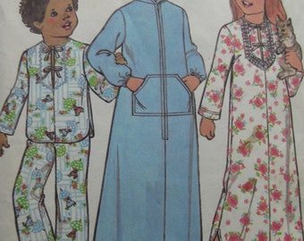 Vintage 1977 Child Robe Nightgown and Pajamas Pattern - Simplicity 7730- Size  4 - Toddler
