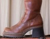 chunky platform boots - 9 women