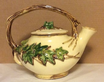 McCoy English Ivy Teapot