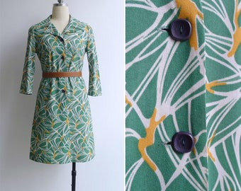 15% SALE (Code In Shop) - Vintage 70's 'Birds-Of-Paradise' Abstract Floral Green Shirt Dress XS or S