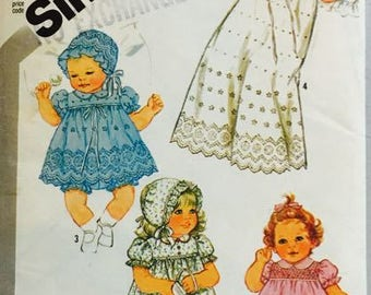 Simplicity 5564 Babies Dress Panties and Hat