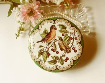 English Bird Daher Candy Tin, Pair of Robins Toffee Tin from England, Laced Edge Green Victorian Tin