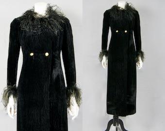 Vintage Opera Coat 1930s Crushed Velvet & Marabou Feathers Trimmed Long Coat