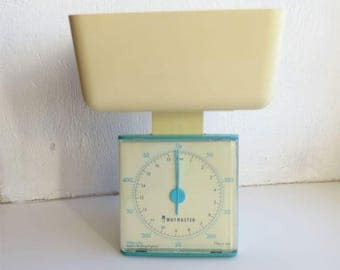 Vintage Waymaster Kitchen Scales Plastic Old Fashion Design Kitchen Weights 80s Vintage Retro Nostalgic Kitchen Accessories
