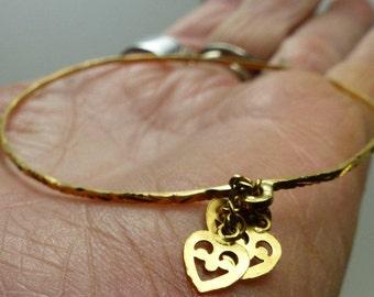 "22kt Gold Indian Bangle Bracelet -4 grms- 8"" around- 1737"