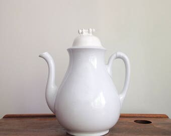 Antique Ironstone Teapot, White Ironstone Teapot by Charles Meakin, Ironstone Tea Pot, 1870s, Ironstone Coffee Pot, Antique White Ironstone