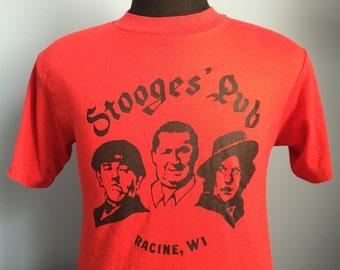 80s Vintage 3 Stooges Pub Racine Wisconsin T-Shirt - MEDIUM