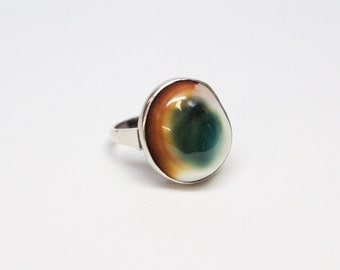 Vintage Hand-Fabricated Silver Operculum Ring - Very Fine Quality