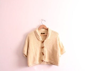 Chunky Cropped 70s Cardigan Sweater
