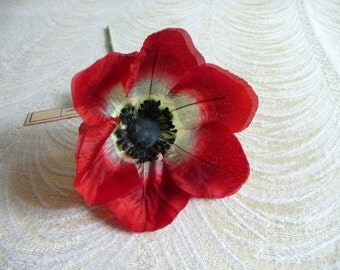 The Perfect Vintage Poppy Red Silk Millinery Flower NOS Germany for Hats Gowns Fascinators Hair Clips Corsage Brooch 4FV0203R2