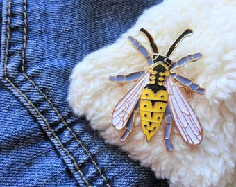 Creepy Wasp Bee Insect Fly Beetle Hornet Entomology Bug Pin Badge