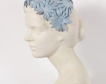 1940s Vintage blue daisy hat