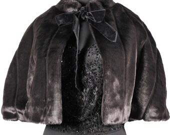 Faux fur vintage cape '50s style by Une Nouvelle Vie
