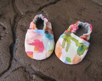 Watercolor Baby Shoes// Aquarelle Tula Accessories, Pink Green Red Cotton Shoes, Toddler shoes, Soft Soled Shoes,  Artist Paint, Moccs