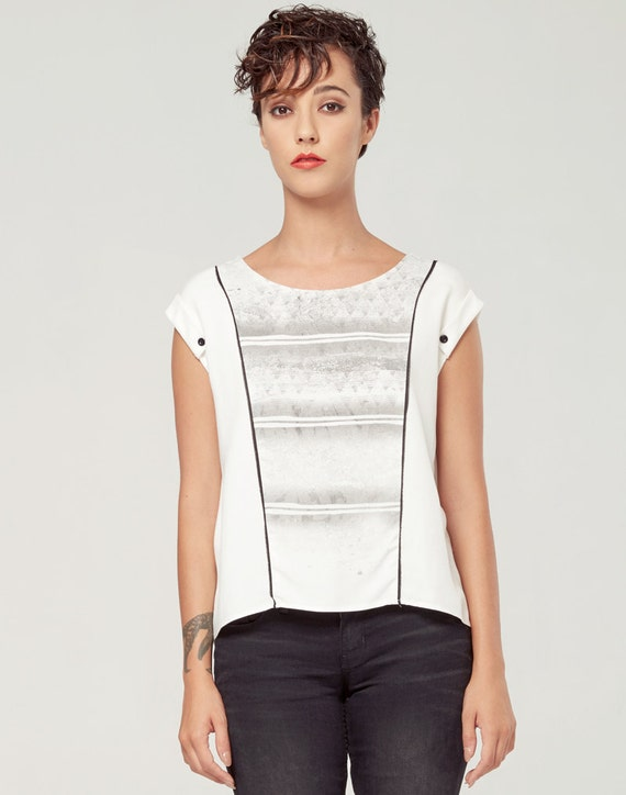 PERSEÏDE - top with sleeves rolled up, t-shirt for women - white with deconstructed silkscreen like edgy, grunge
