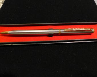 Vintage Day-Timer Chrome Ballpoint Pen with Gold Tone Clip / Original Box / Not Used