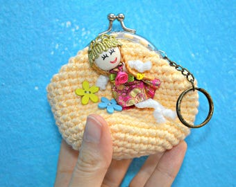 girls coin purse - princess coin purse - yellow coin purse for kids - cotton coin purse with keychain - cotton crochet purse - easter gift