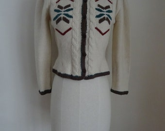 70's Nordic Cardigan Sweater Wool Embroidery Tapered Small Petite