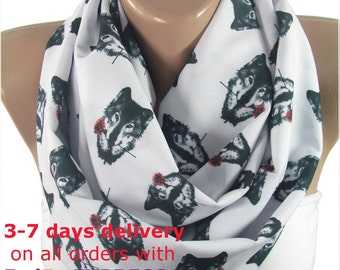 Wolf Scarf Infinity Scarf Wolf with Rose Scarf Animal Scarf Circle Scarf Christmas Gifts For Her Gift For Pet Mom Autumn Fall Winter Fashion