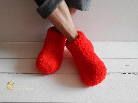 Santa Ho - Ho - Ho Slippers/House Shoes/Slippers,Gift for Dad,Gift for Men/Women,Gift for Him,Gift for Her.Christmas socks.Christmas gift