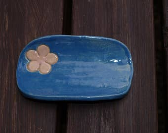 SOAP dish with flower