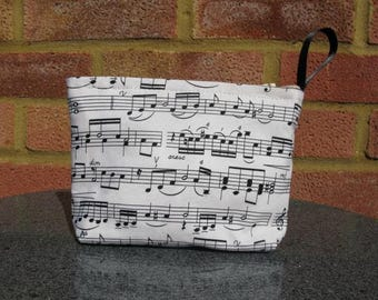 Make up purse in music fabric