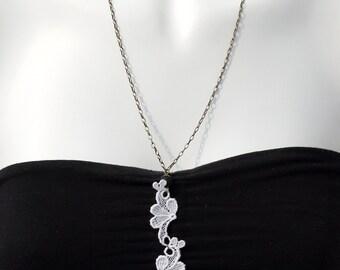 """Necklace sautoir """"lace wings"""""""