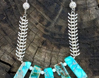 """turquoise imperial jasper slice, mother of pearl, fishbone chain, and silver bead statement necklace - 23"""" silver cable chain"""