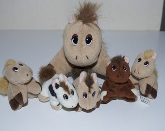 Pound Puppies Ponies Horse with Colts Foals Babies Set 1997 Galoob