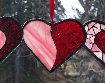 Heart Suncatcher Valentine Stained Glass Mosaic Heart Sunctacher in Red and Pink