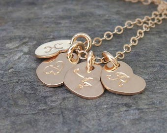 Personalized mom necklace Initial heart necklace Mothers necklace Grandma necklace Mothers day Family initial necklace Personalized jewelry