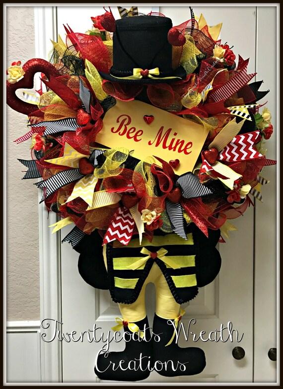 Valentines Wreath - Spring Wreath - Bee Wreath - Deco Mesh wreath - Character wreath