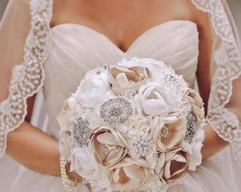 Vintage Bouquet, Bling Bouquet, Brooch Bouquet, Elegant Bouquet, Lace Bouquet, Bridal Bouquet