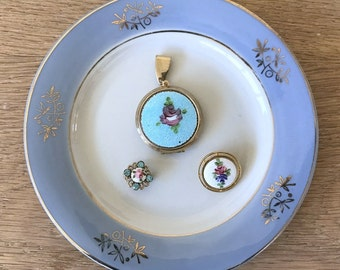 Lot of 3 Vintage Beautiful Guilloche - Blue Locket, 2 White Brooches