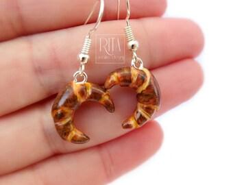 CROISSANTS earrings, mini sweet food in polymer clay.