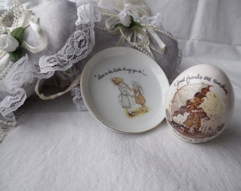 1973 Holly Hobbie World Wide Artist Egg Trinket Dish Made in Japan