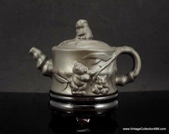 Chinese teapot Yising with Pandas and Bamboo pattern 220g - TEA02