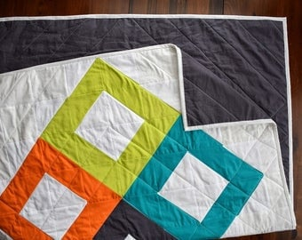 The Diamonds Quilt | Modern Geometric Quilt
