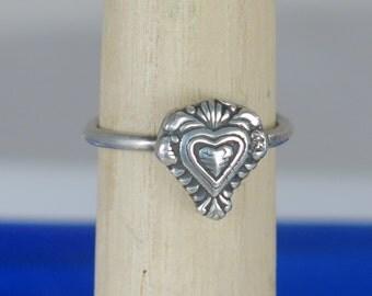 Fine Silver Love Heart Ring, Symbol of Love Heart Ring, Symbol of Devotion Ring, Fine Silver Valentine Heart Ring, Fine Silver Heart Gift