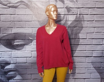Magenta cashmere sweater, v neck cashmere top, soft jumper, warm sweater, magenta raspberry cashmere pullover, long sweater, cozy sweater