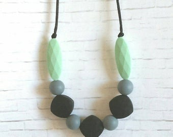 Silicone Teething Necklace for Mom to Wear - Babywearing Necklace - Breastfeeding Necklace - Black, Gray & Mint - Baby Shower Gift