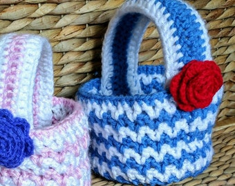 Medium Crochet Basket with Handle and Flower