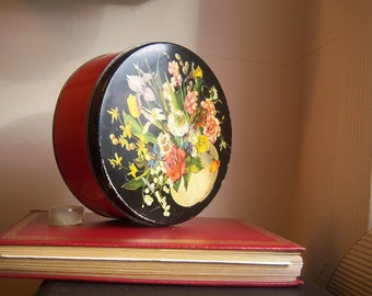 Vintage floral cake tin / floral cookie tin / red black bouquet, 7.5 diameter
