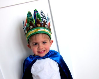 Boys' Chieftain Headdress // 12 Feathers all around // Stretch to fit // for 2+