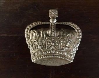 Amazing Jumbo Royal Crown  (1 pc)
