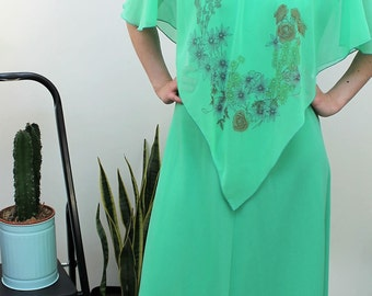 Late 1960s Lime Green Caped Maxi Dress Size UK 10/12, US 6/8, EU 38/40