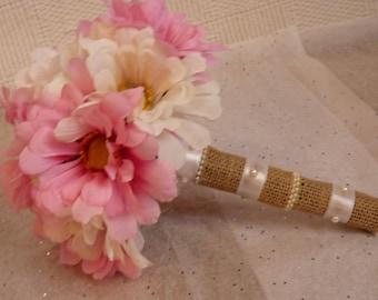 White & Pink Daisy bouquet. Shabby chic bouquet. Daisy bouquet. Bridesmaid bouquet.