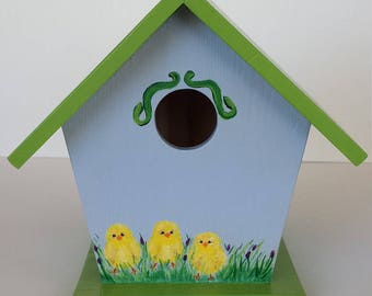 birdhouse hand painted with chicks